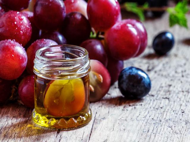 David Sinclair; why we must add resveratrol to fatty food